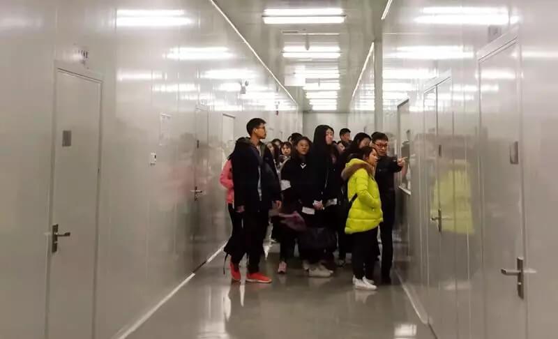 江西中医药高等专科学校师生团来我司参观交流